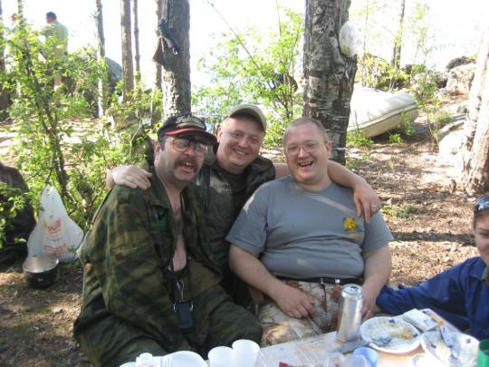 Три танкиста - три веселых друга...